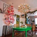 Christmas Decorations: The Dining Room