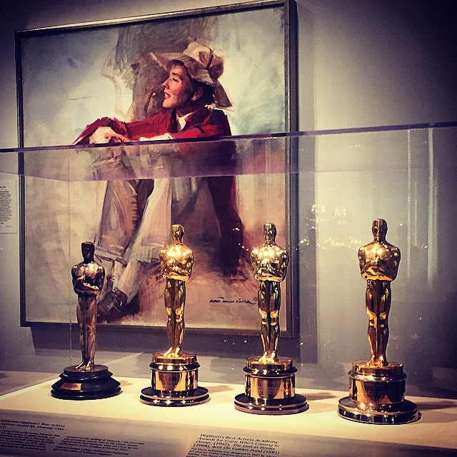 Painting of Katharine Hepburn and all four of her Oscars. My first time at the #NationalPortraitGallery...wish I had taken the time before. Terrific museum.