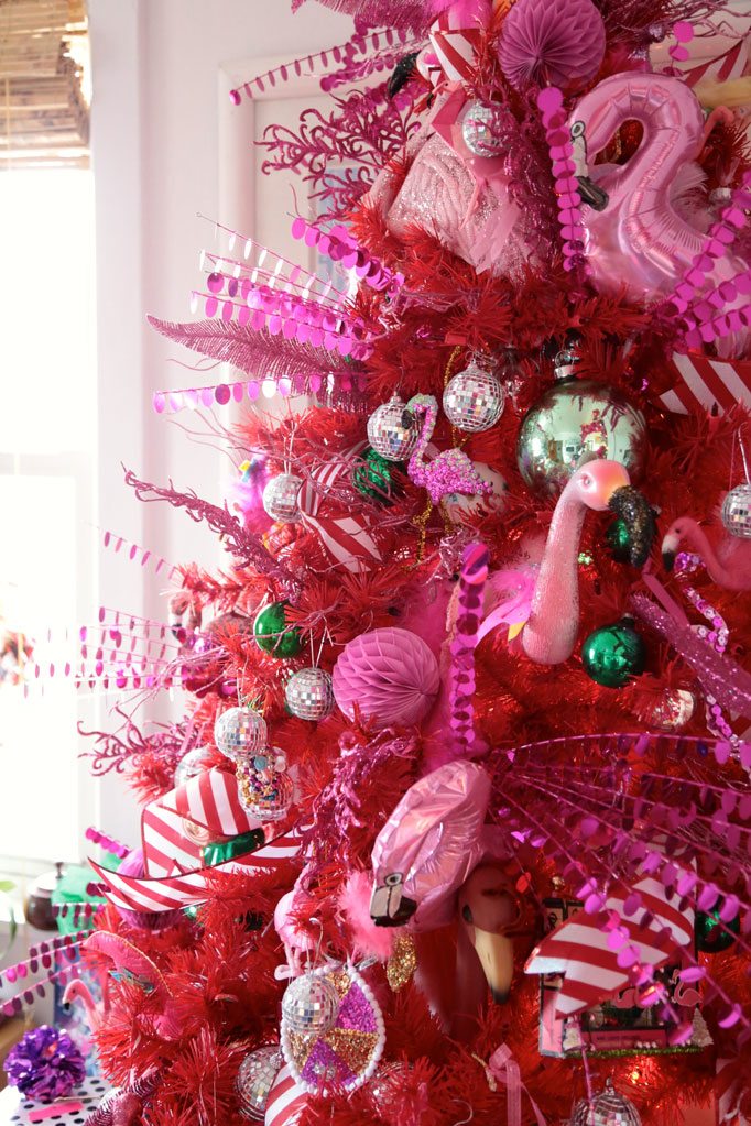 flamingo christmas tree 682