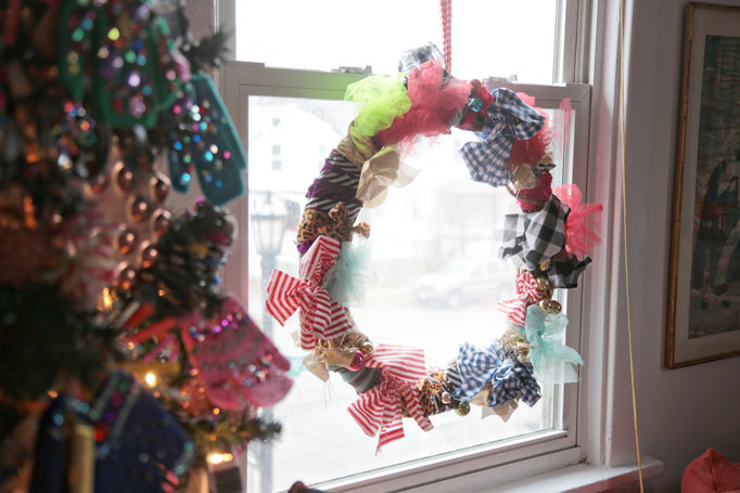 Wreath-Window-Rags