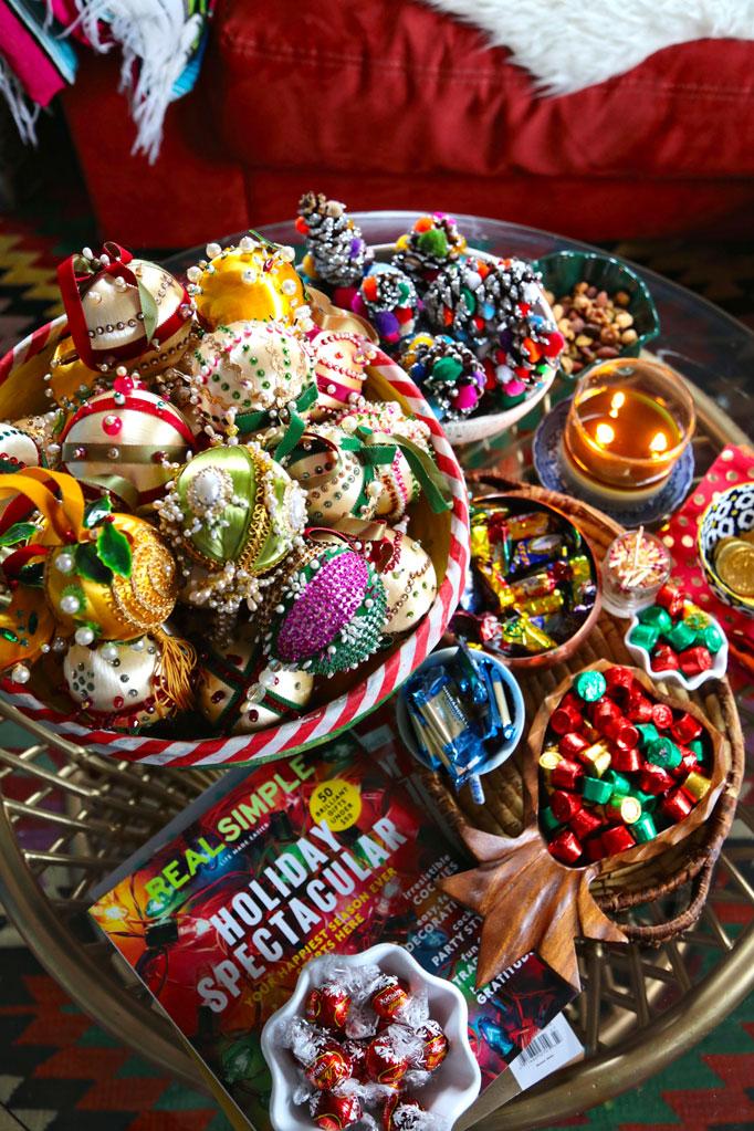 coffee-table-christmas-bowls-and-balls-and-bowls-and-balls-682