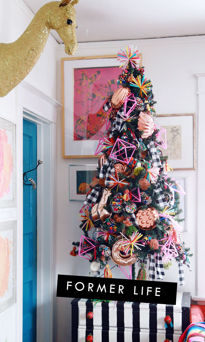 pink-straw-ornaments-on-tree-682