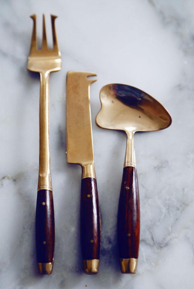 serving-pieces-gold