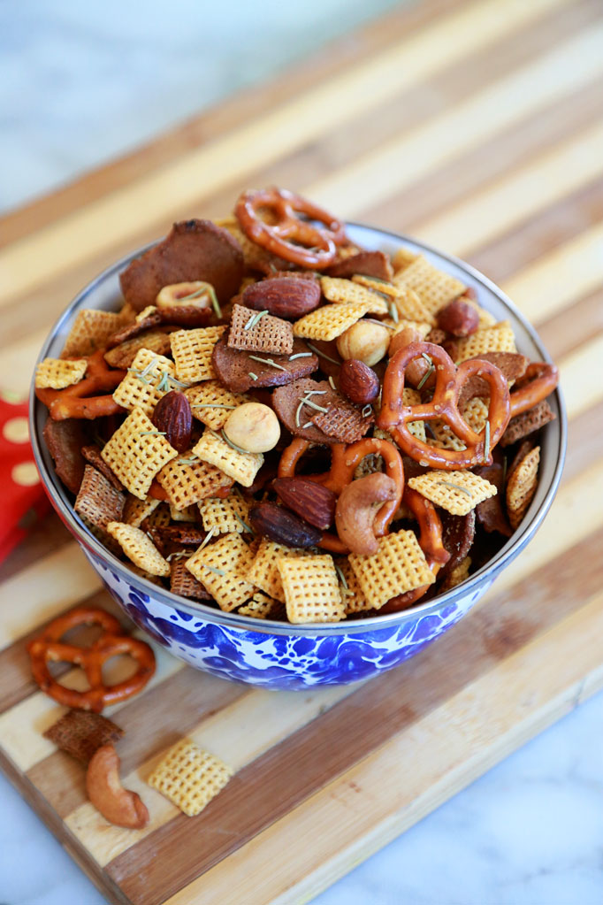 twice-toasted-spicy-chex-mix-with-rosemary
