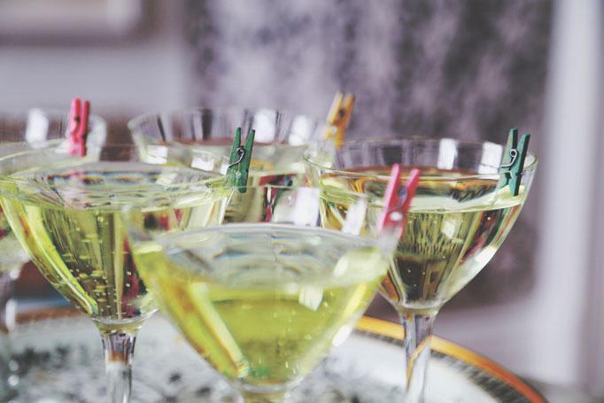 drink-marker-clothespins