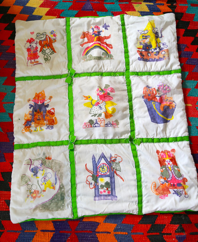 Throwback Thursday: Illustrated Baby Quilt - Aunt PeachesQuilt Drawing