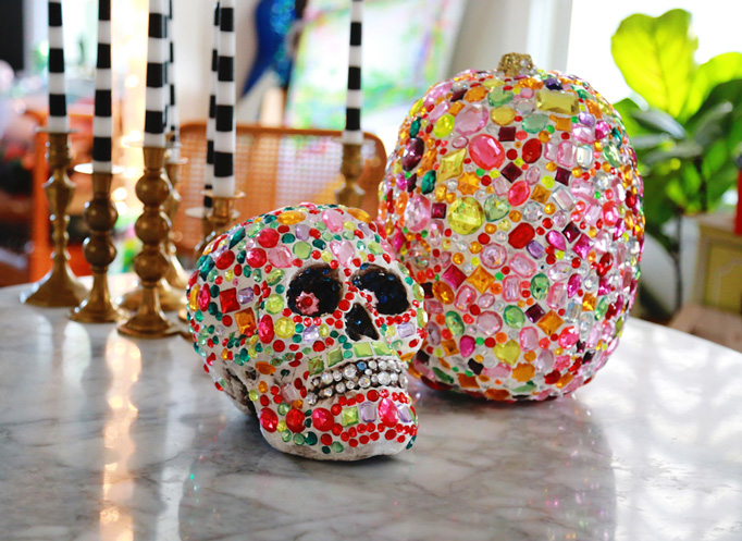 rhinestone-pumpkin-skull-diy-craft-collage-clay-682