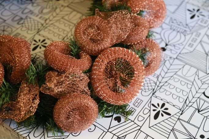 copper scrubber wreath