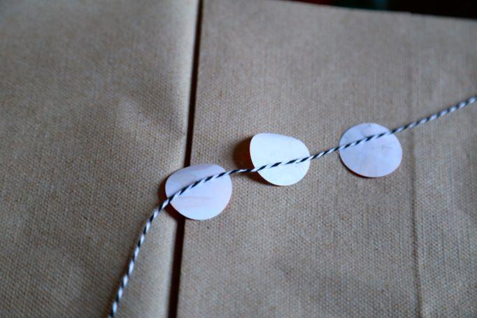 labels on string