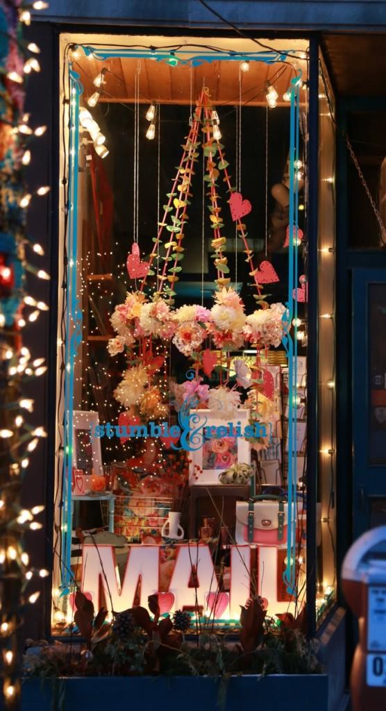 stumble and relish window evanston chicago ave