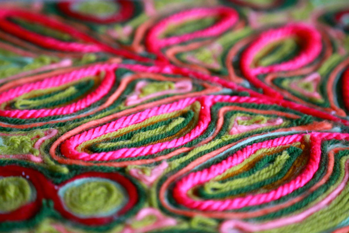 yarn-closeup--pink-and-green