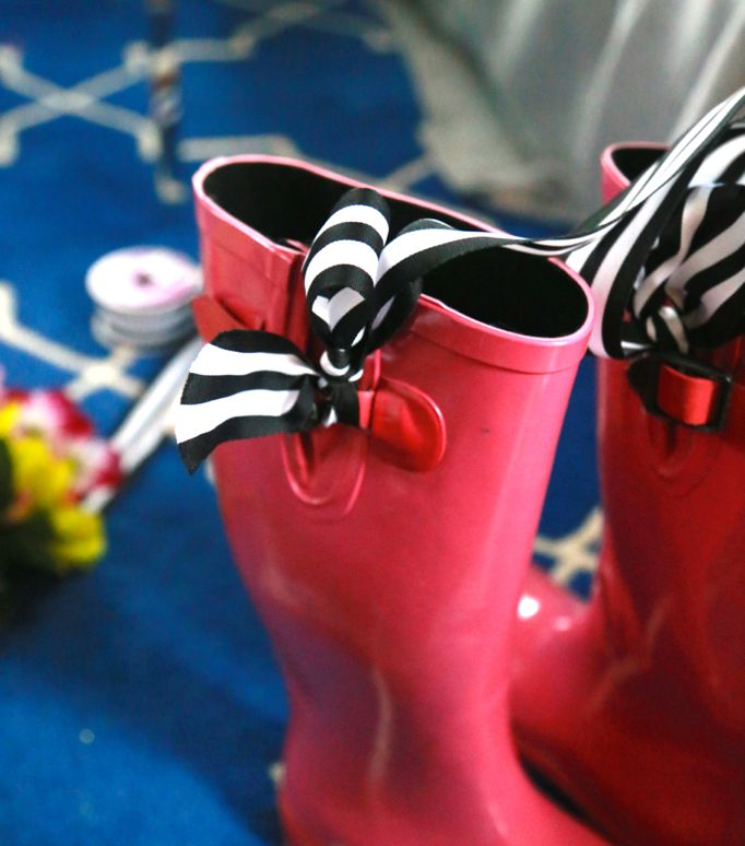 ribbon boot