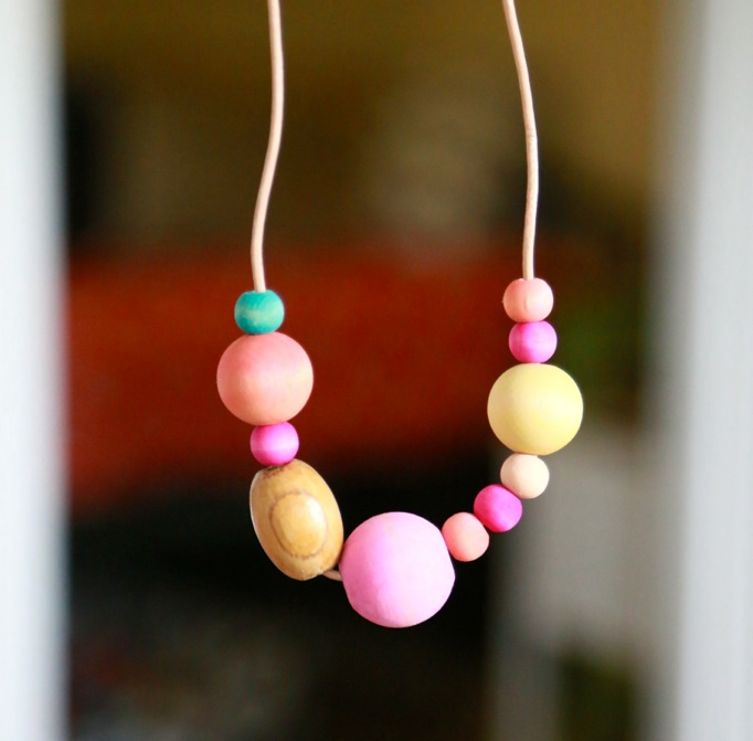rainbow bead necklace easy kid craft