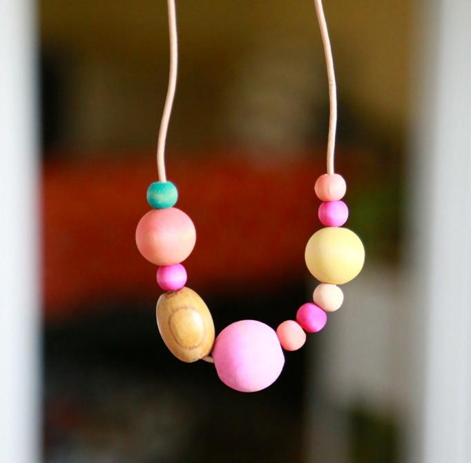 rainbow bead necklace easy kid craft