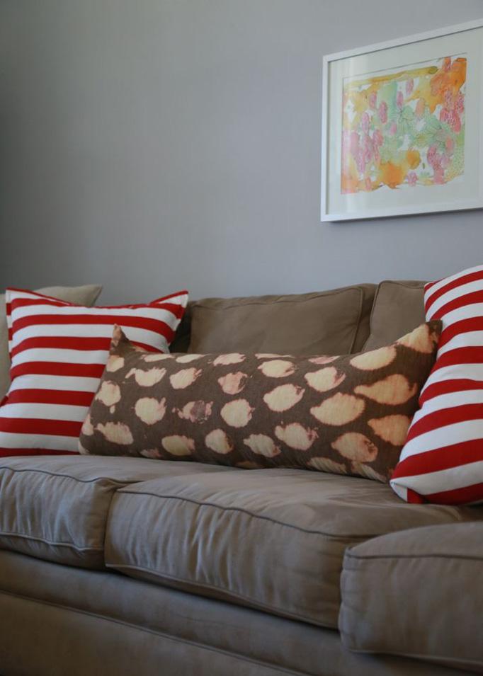 tall-red-stripe