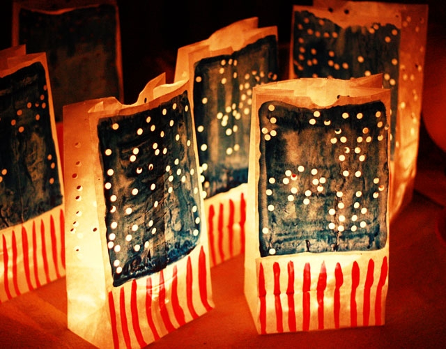 8-patriotic-luminarias-craft-decoration-ideas
