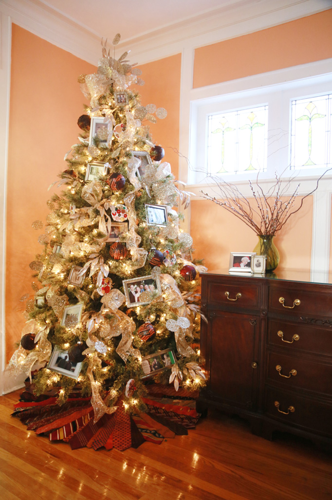 heritage-christmas-tree-photo-frames